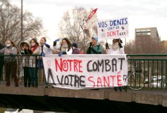 Etudiants en dentaire mobilisés contre le règlement arbitral