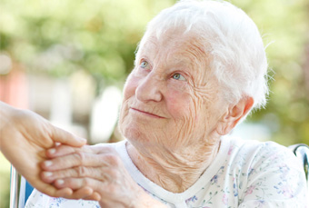 Soins personne âgée dépendante