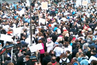 Le mouvement de grève n'a pas empêché le gouvernement de faire passer le règlement arbitral.